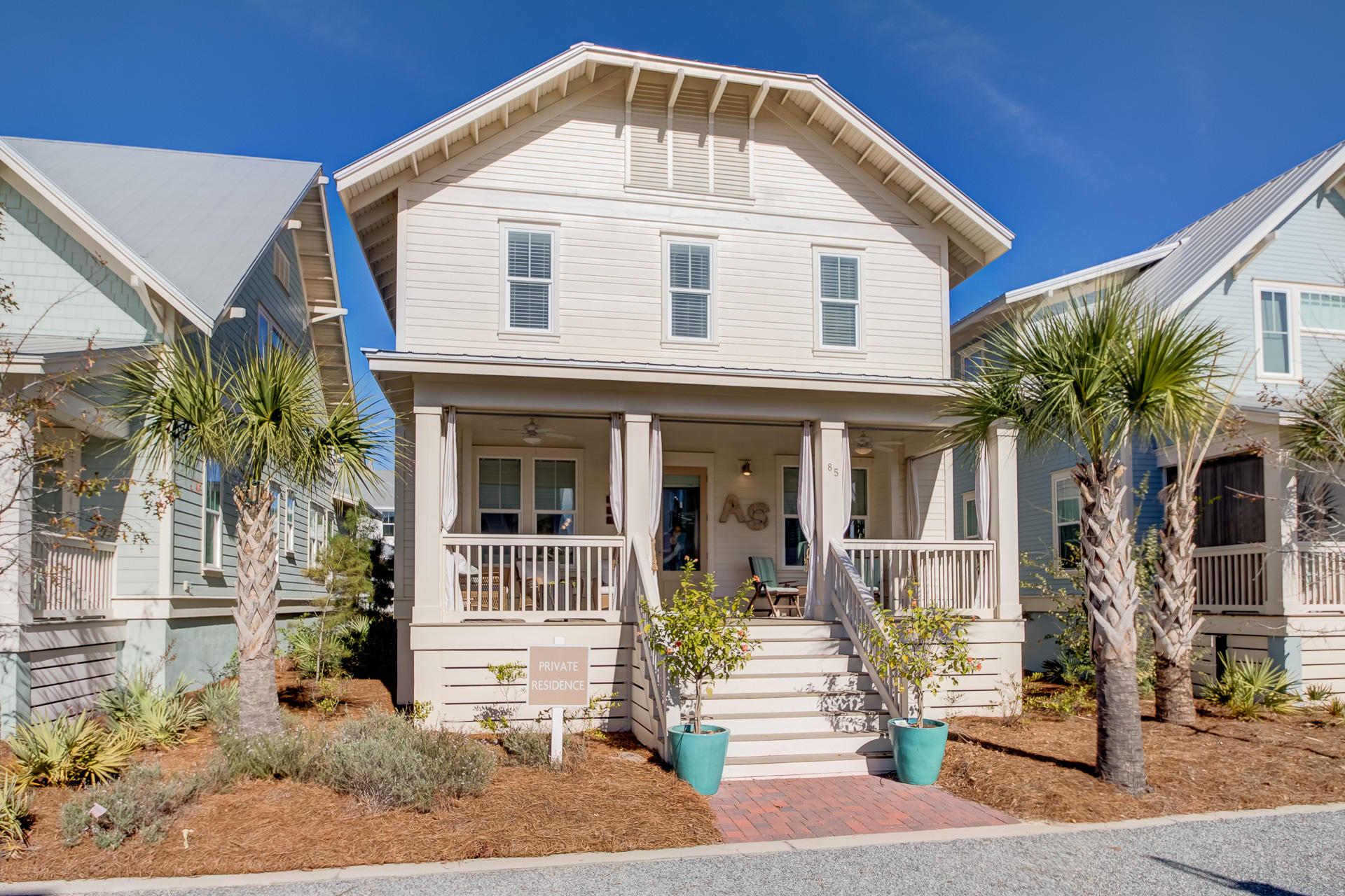 Photo of home for sale at 85 Clipper, Inlet Beach FL