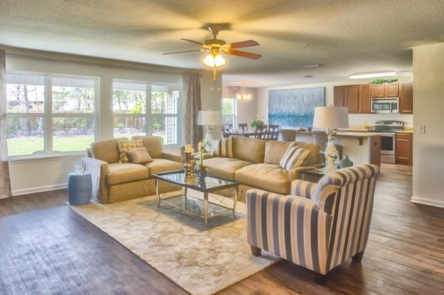 Photo of home for sale at 3103 Partridge, Crestview FL