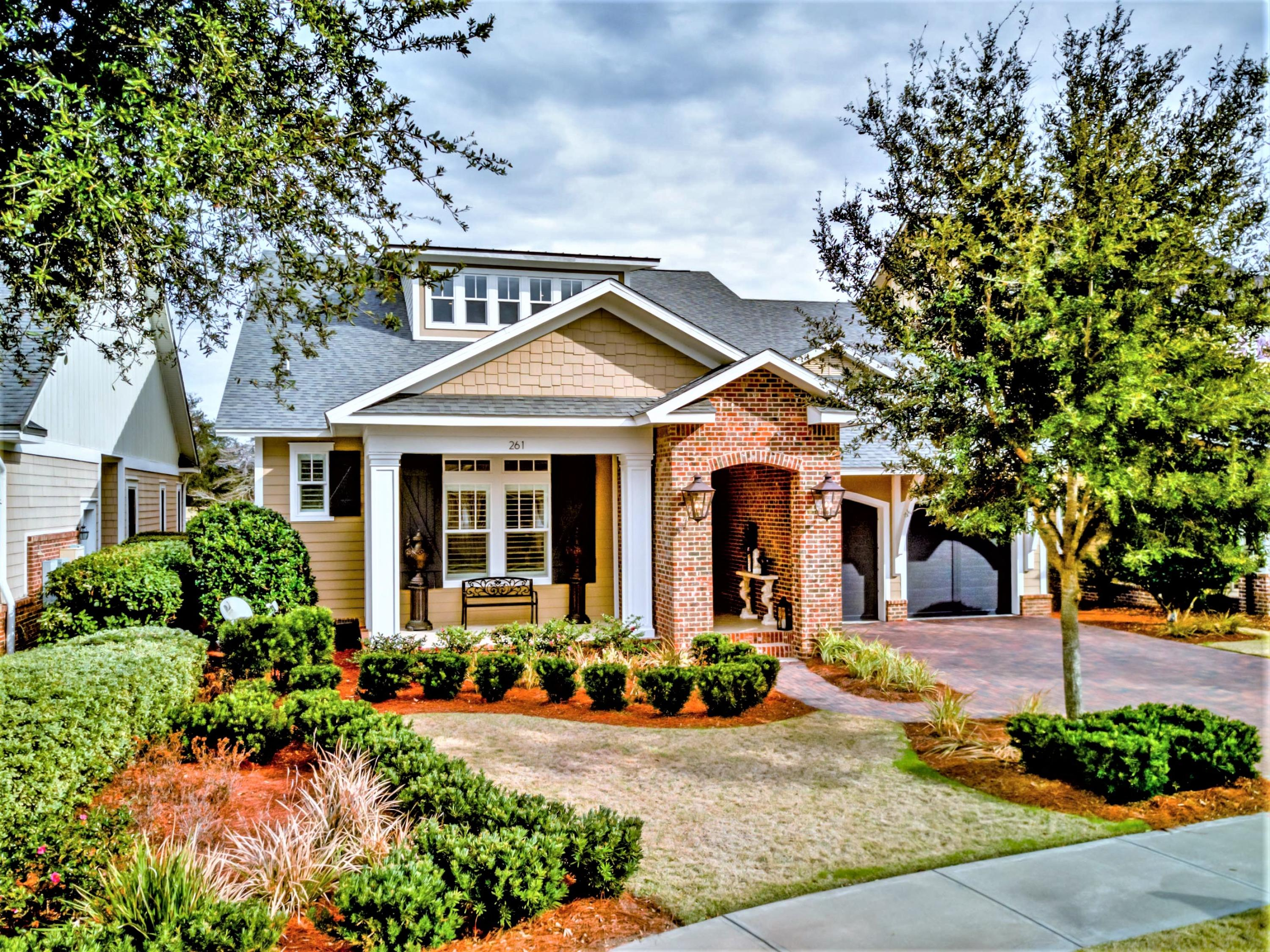 Photo of home for sale at 261 Champion, Destin FL