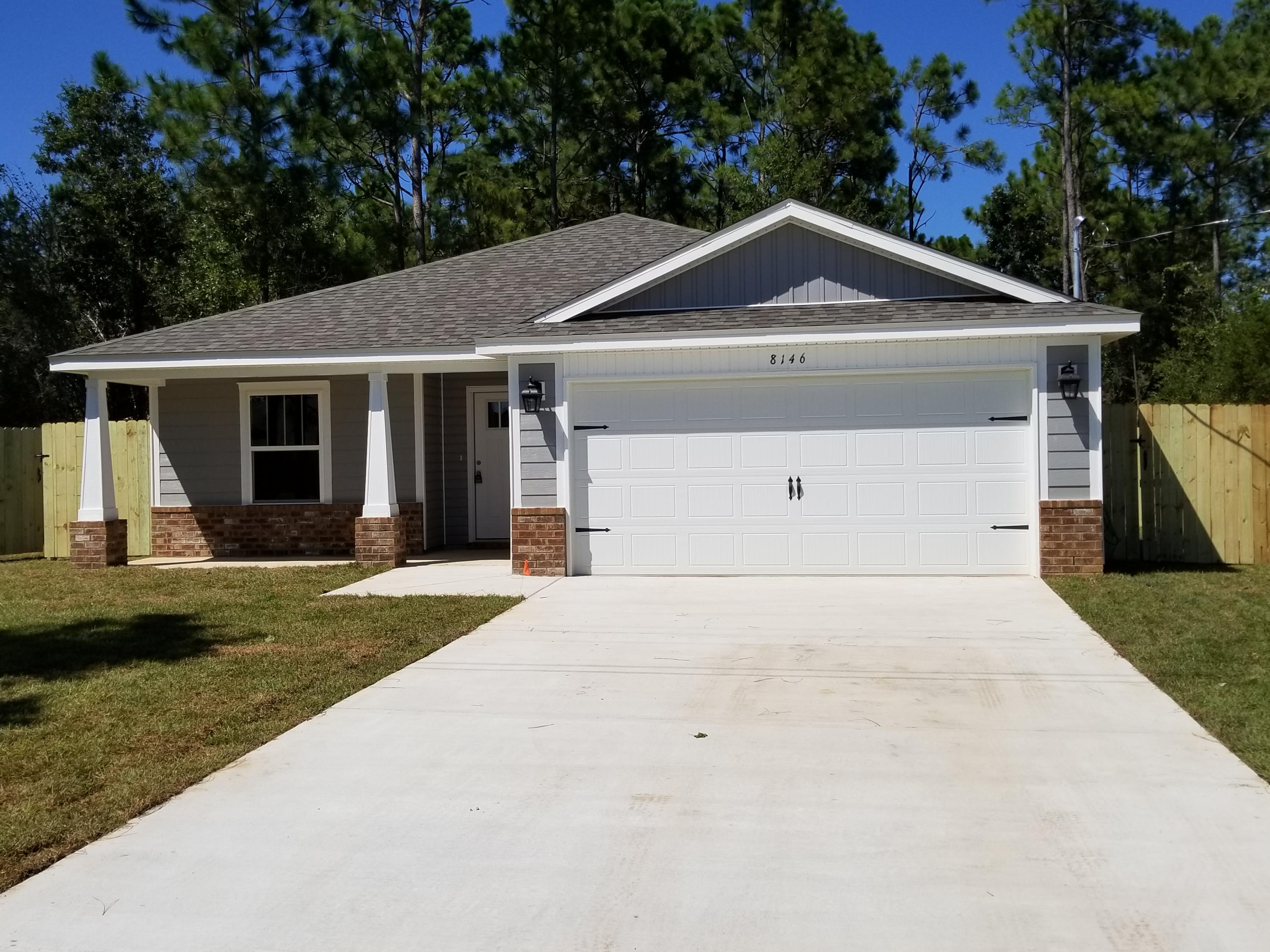 Photo of home for sale at 5445 Galveston, Gulf Breeze FL