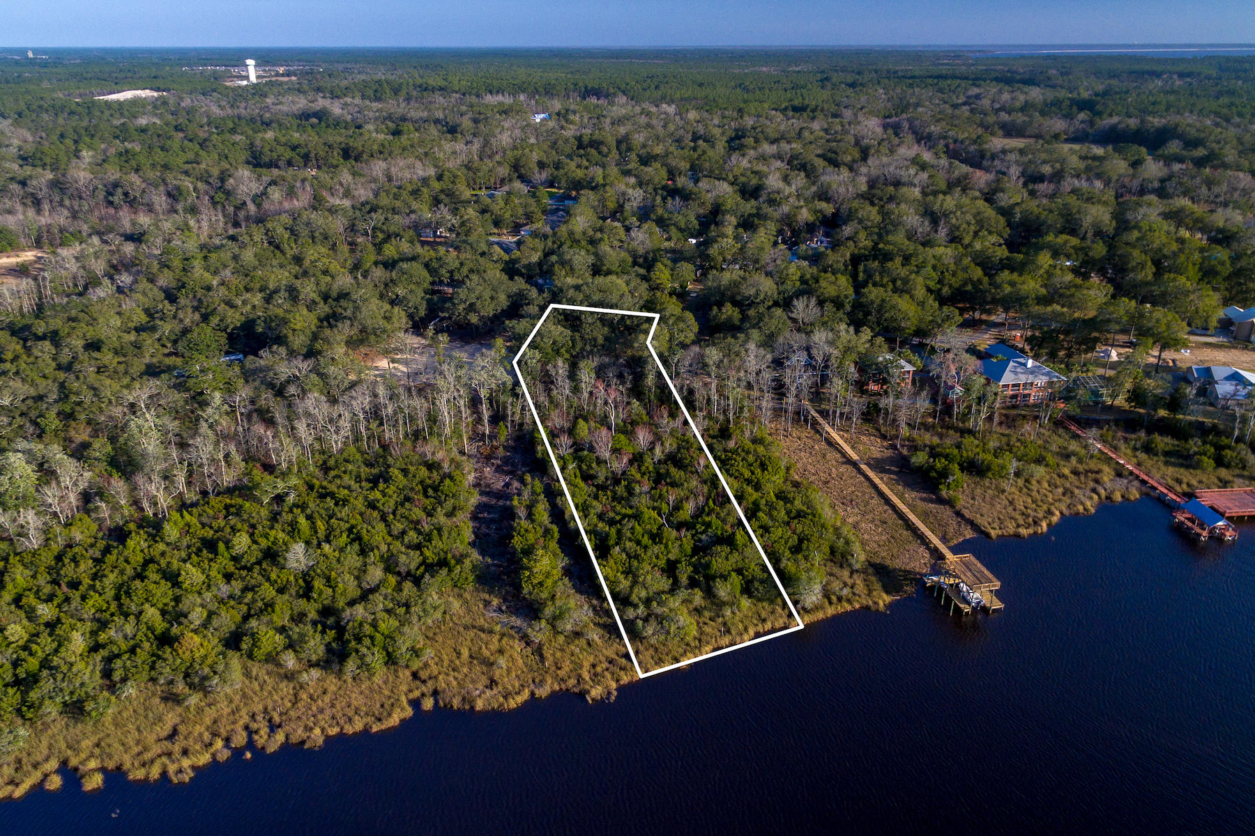 Photo of home for sale at 0000 Waterview Cove, Freeport FL