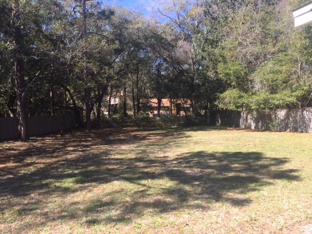 Photo of home for sale at 2422 Roberts, Niceville FL