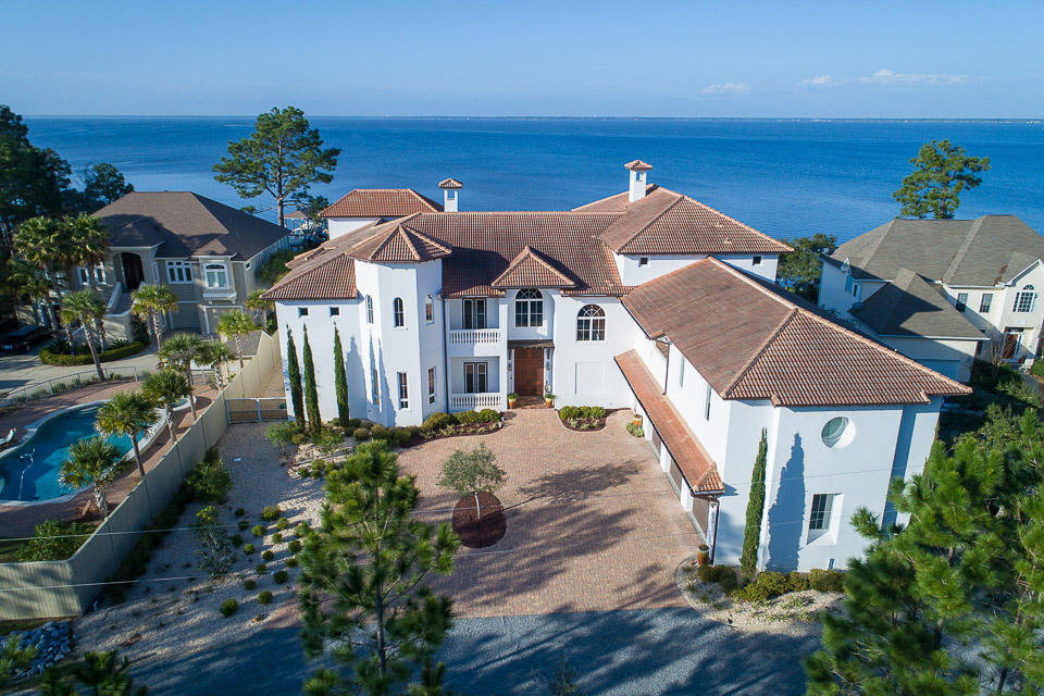 Photo of home for sale at 426 Eden Park, Santa Rosa Beach FL