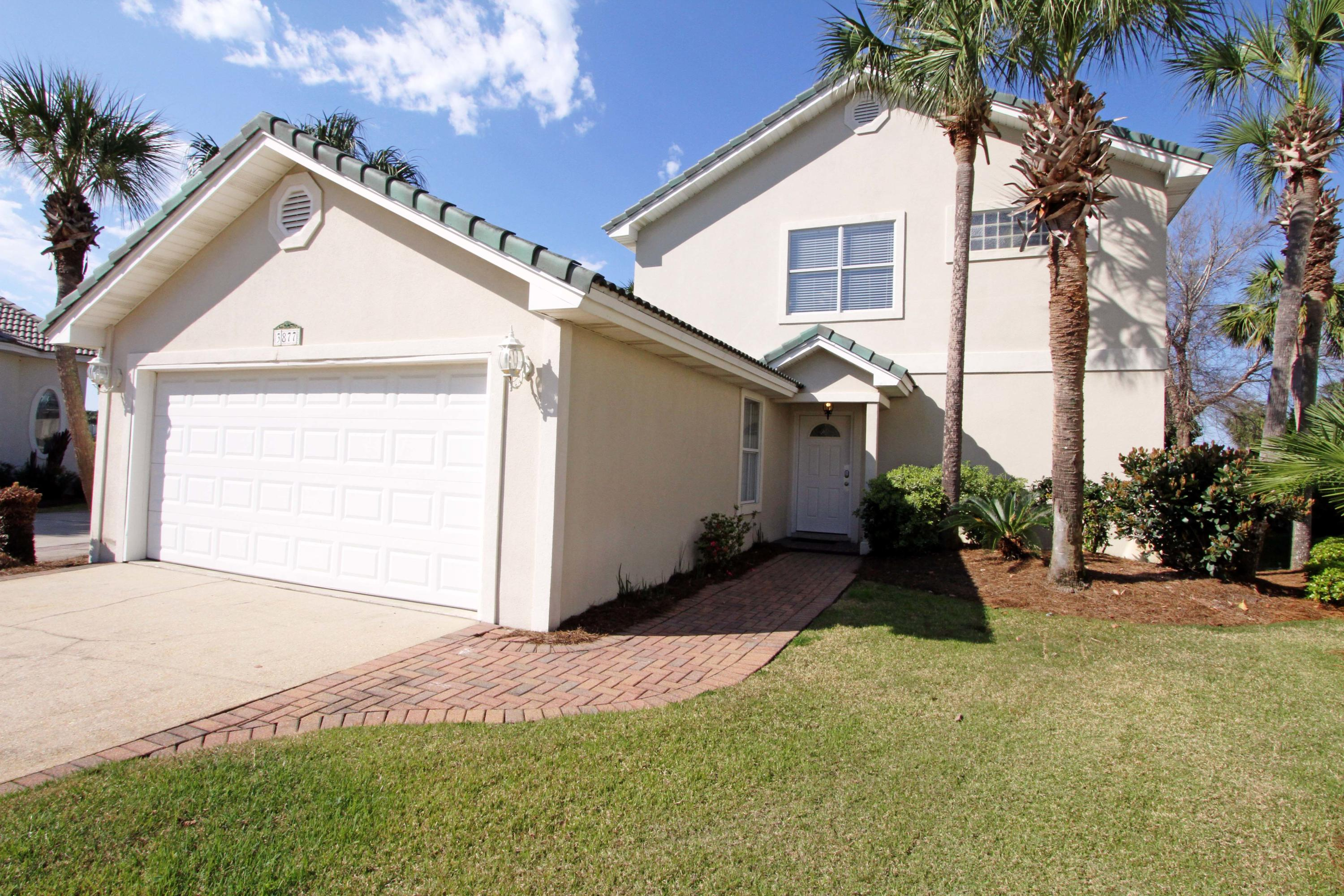 Photo of home for sale at 3877 Sand Dune, Destin FL