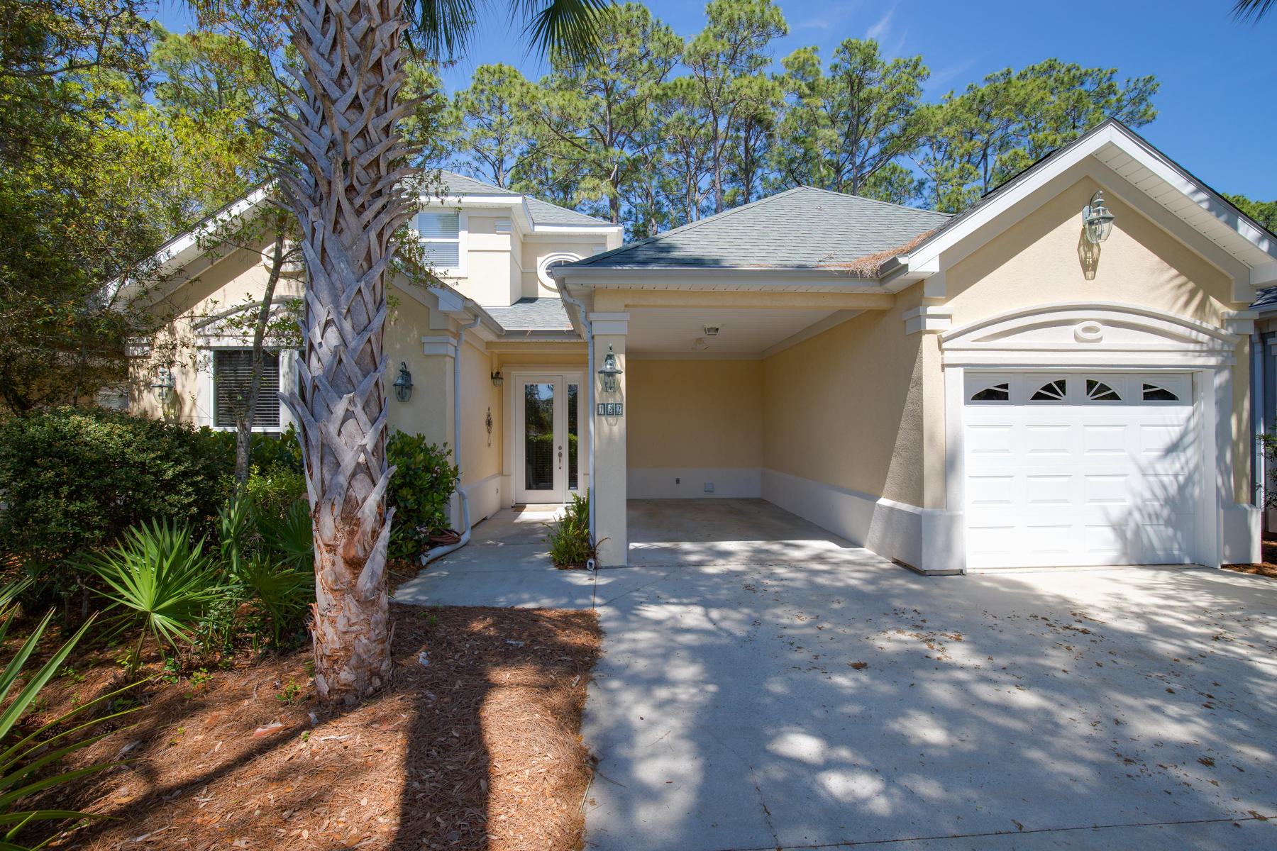 Photo of home for sale at 122 Masters, Santa Rosa Beach FL