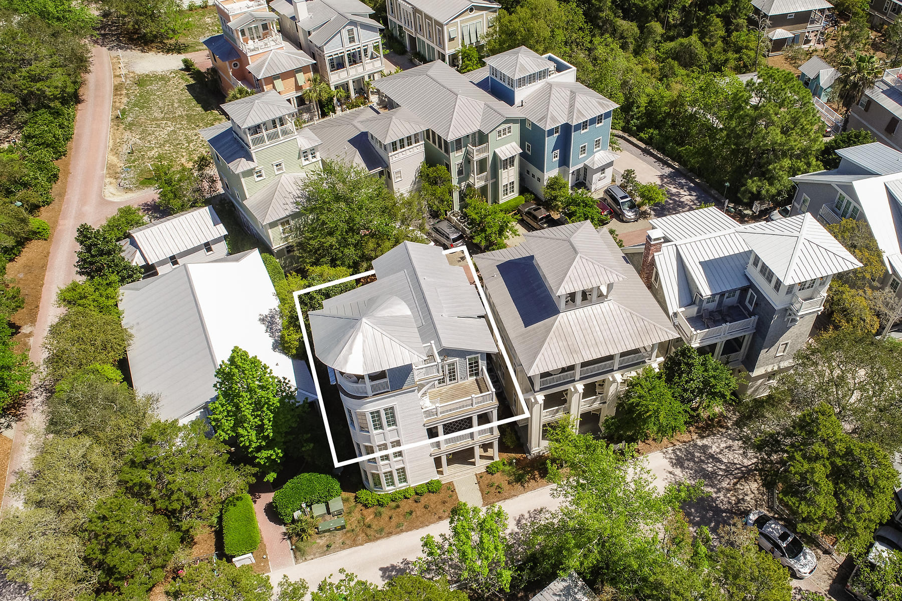 392 Forest,Santa Rosa Beach,Florida 32459,4 Bedrooms Bedrooms,4 BathroomsBathrooms,Detached single family,Forest,20131126143817002353000000