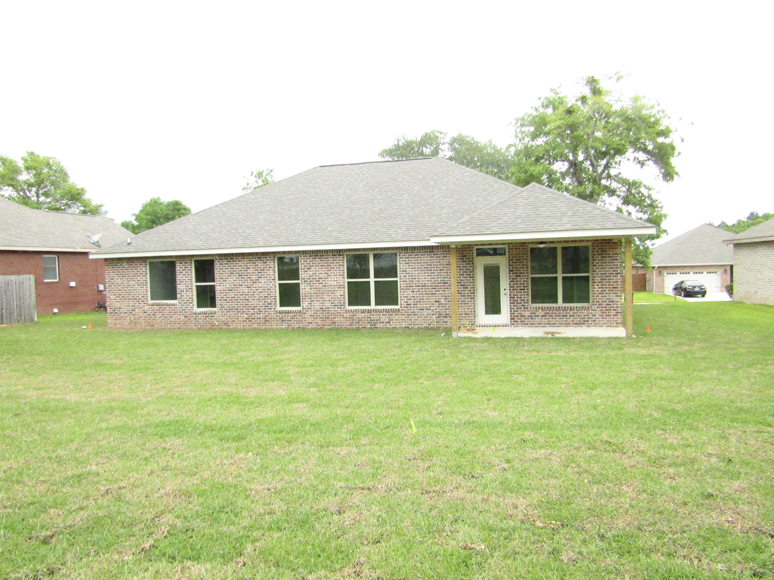 Photo of home for sale at 3728 Kittrell, Crestview FL