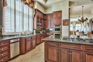 39 SANDY DUNES CIRCLE, MIRAMAR BEACH, FL 32550  Photo