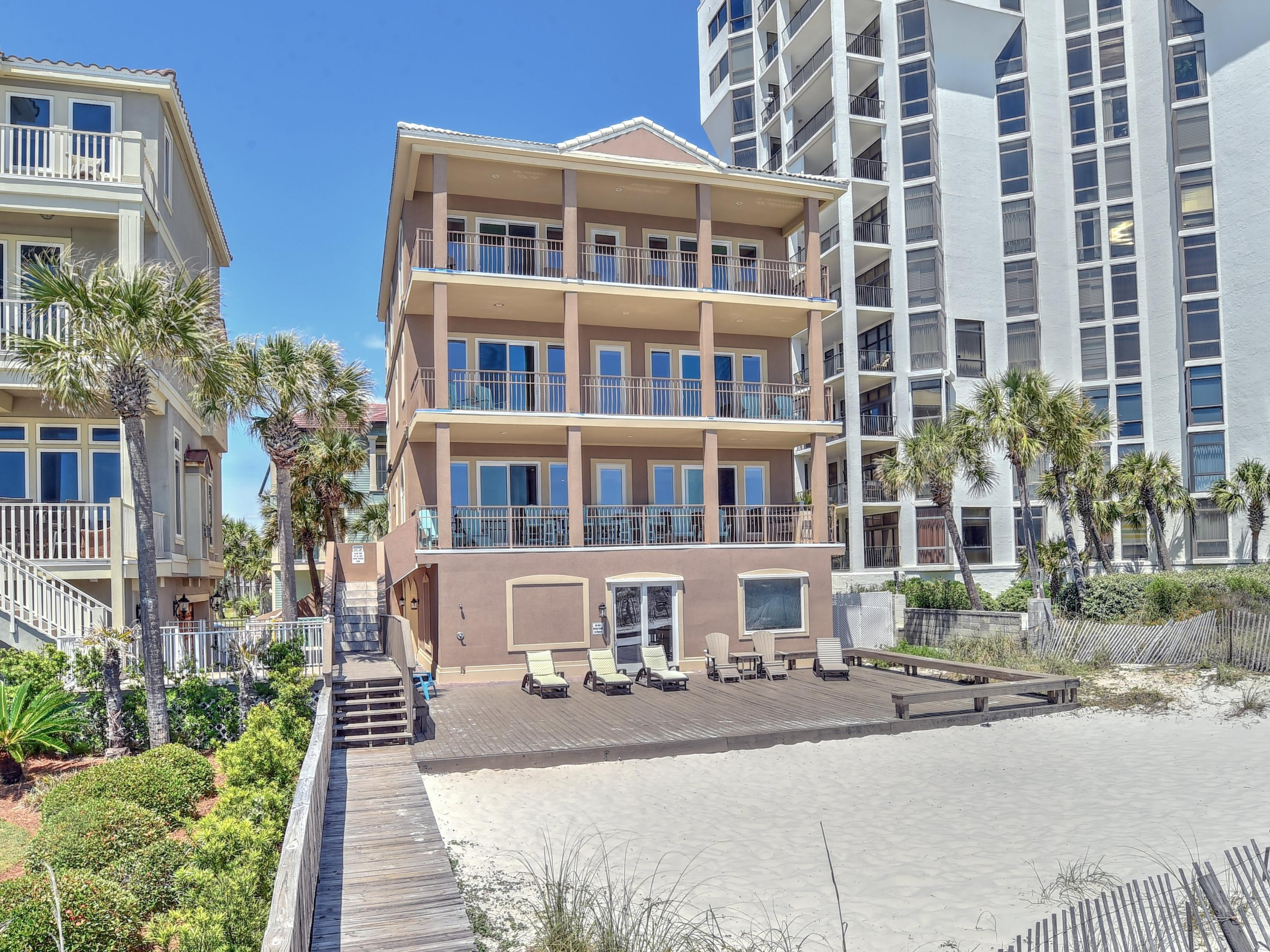 Photo of home for sale at 132 Sandprint, Destin FL