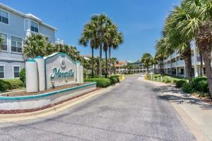 Property for sale at 65 St Martin Circle, Destin,  FL 32550
