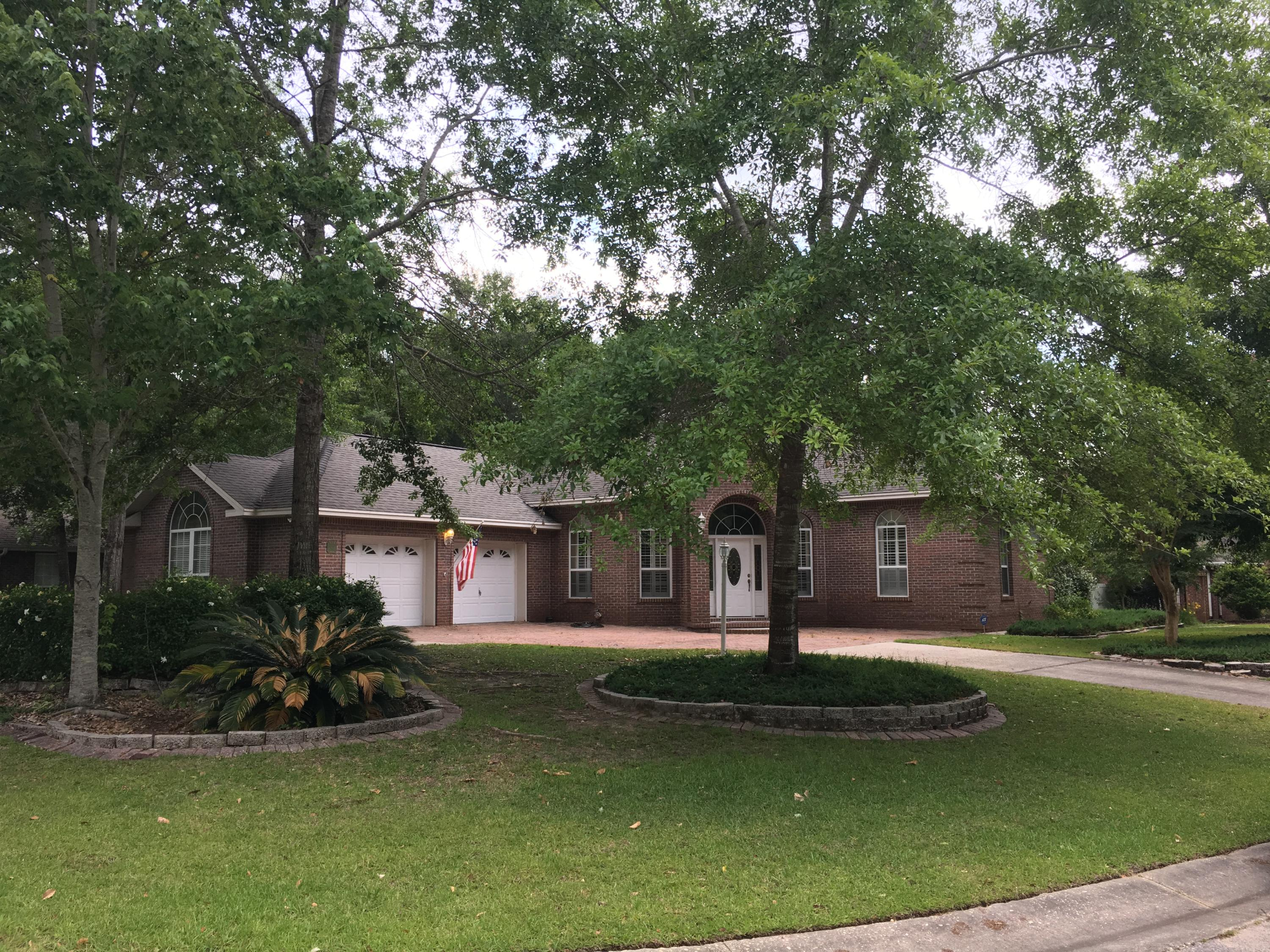 Photo of home for sale at 2629 Brodie, Crestview FL