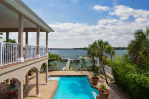 Property for sale at 2401 Palm Harbor Drive, Fort Walton Beach,  FL 32547