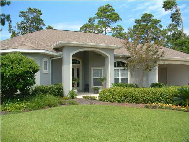 Photo of home for sale at 4400 Sonoma, Niceville FL