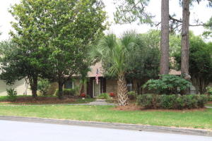 Property for sale at 111 NW Sleepy Oaks Road, Fort Walton Beach,  FL 32548