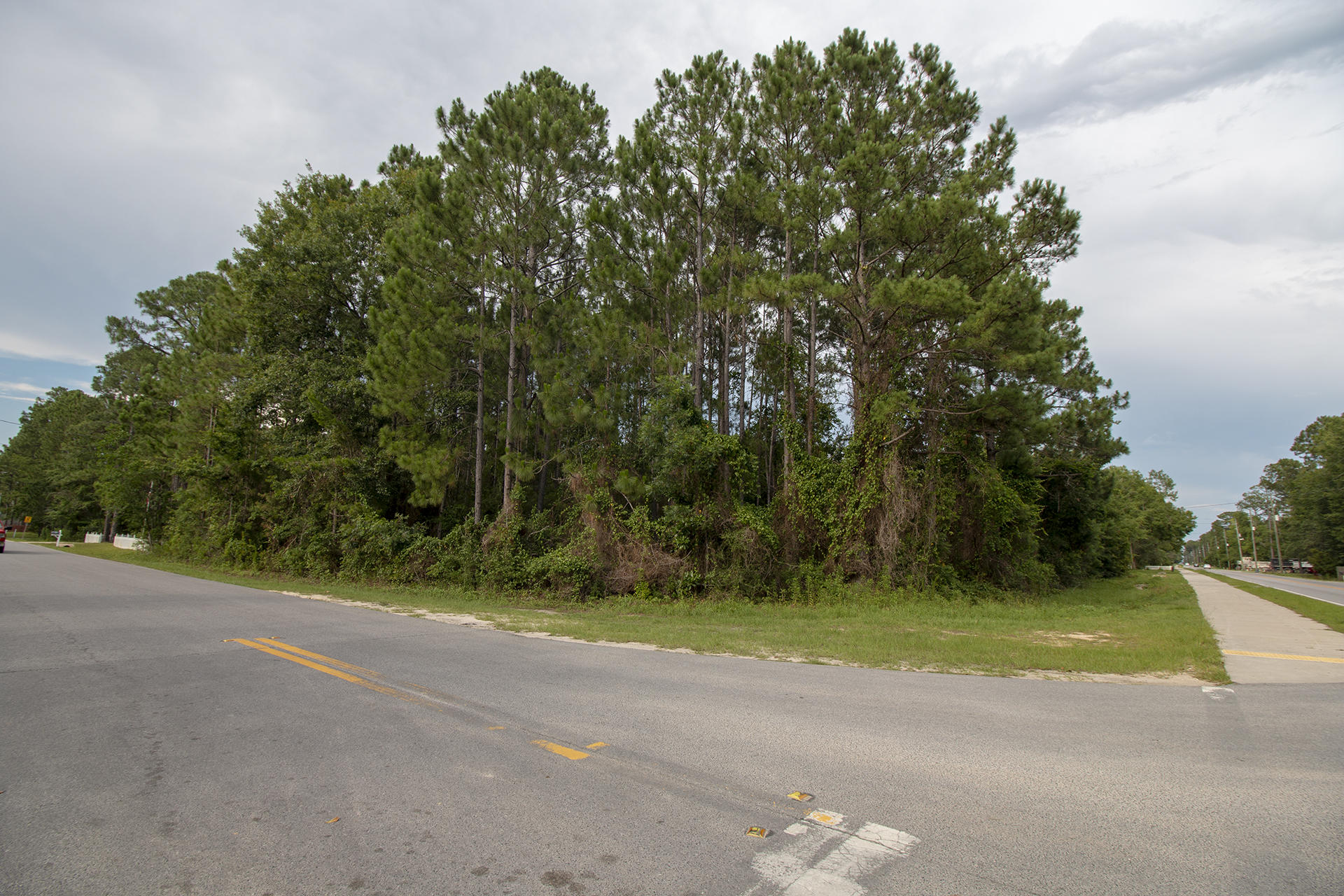 Photo of home for sale at Lot 8 Chat Holley, Santa Rosa Beach FL