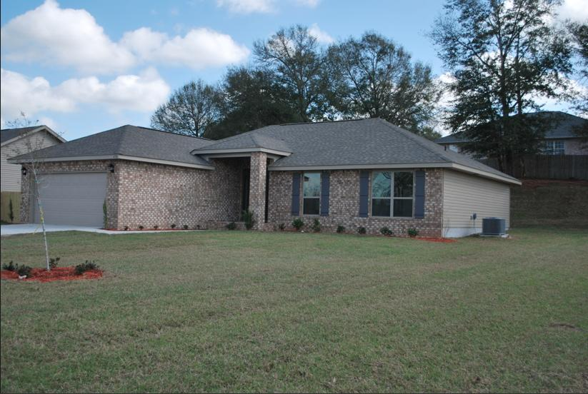 Photo of home for sale at 5768 Marigold, Crestview FL