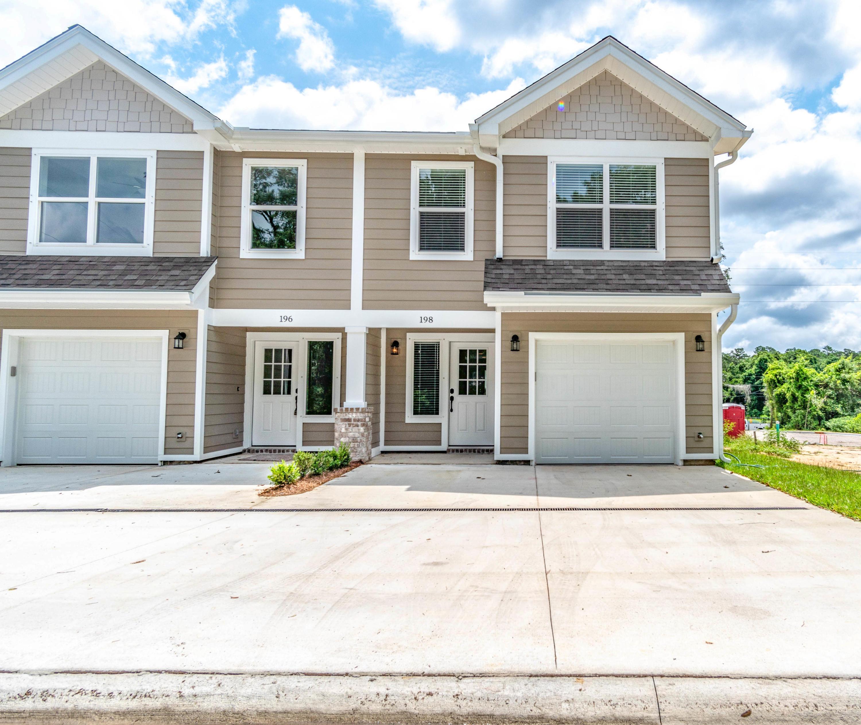 Photo of home for sale at 202 Ellis, Niceville FL