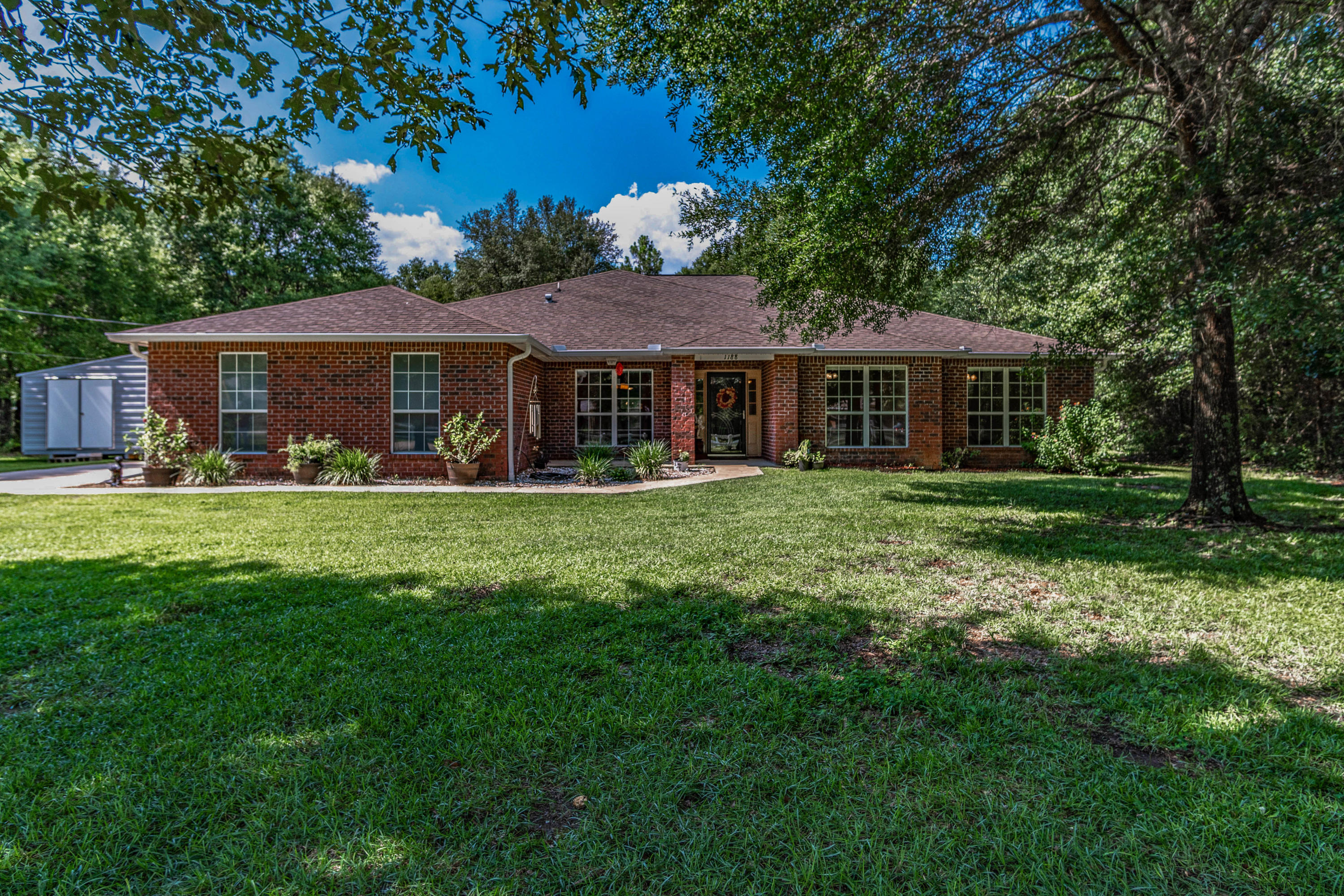Photo of home for sale at 1188 Blackberry, Baker FL