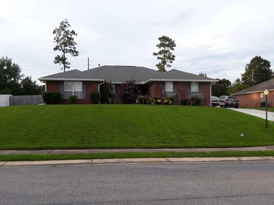 Photo of home for sale at 2648 Paddock, Crestview FL