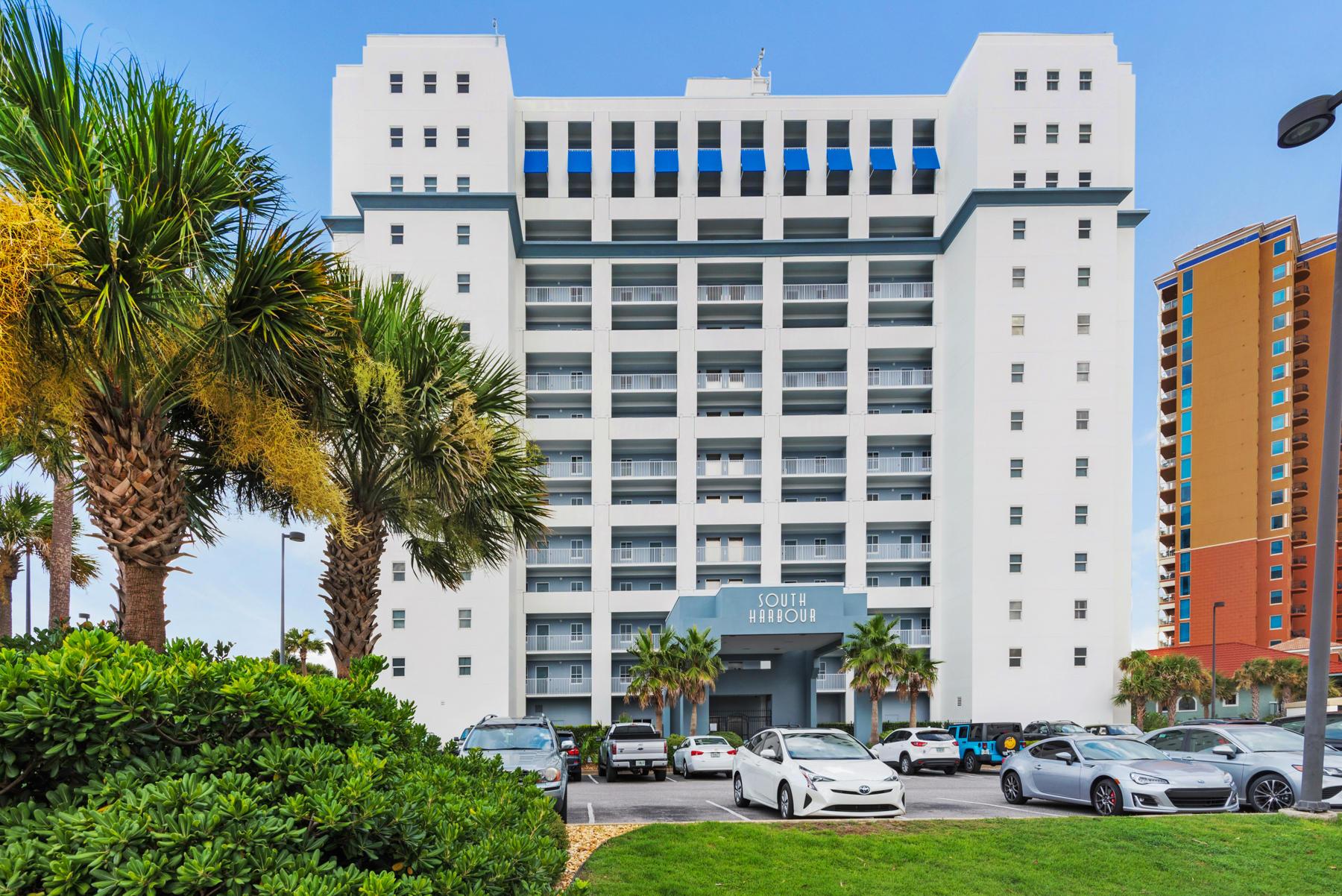 Photo of home for sale at 751 Pensacola Beach, Pensacola Beach FL