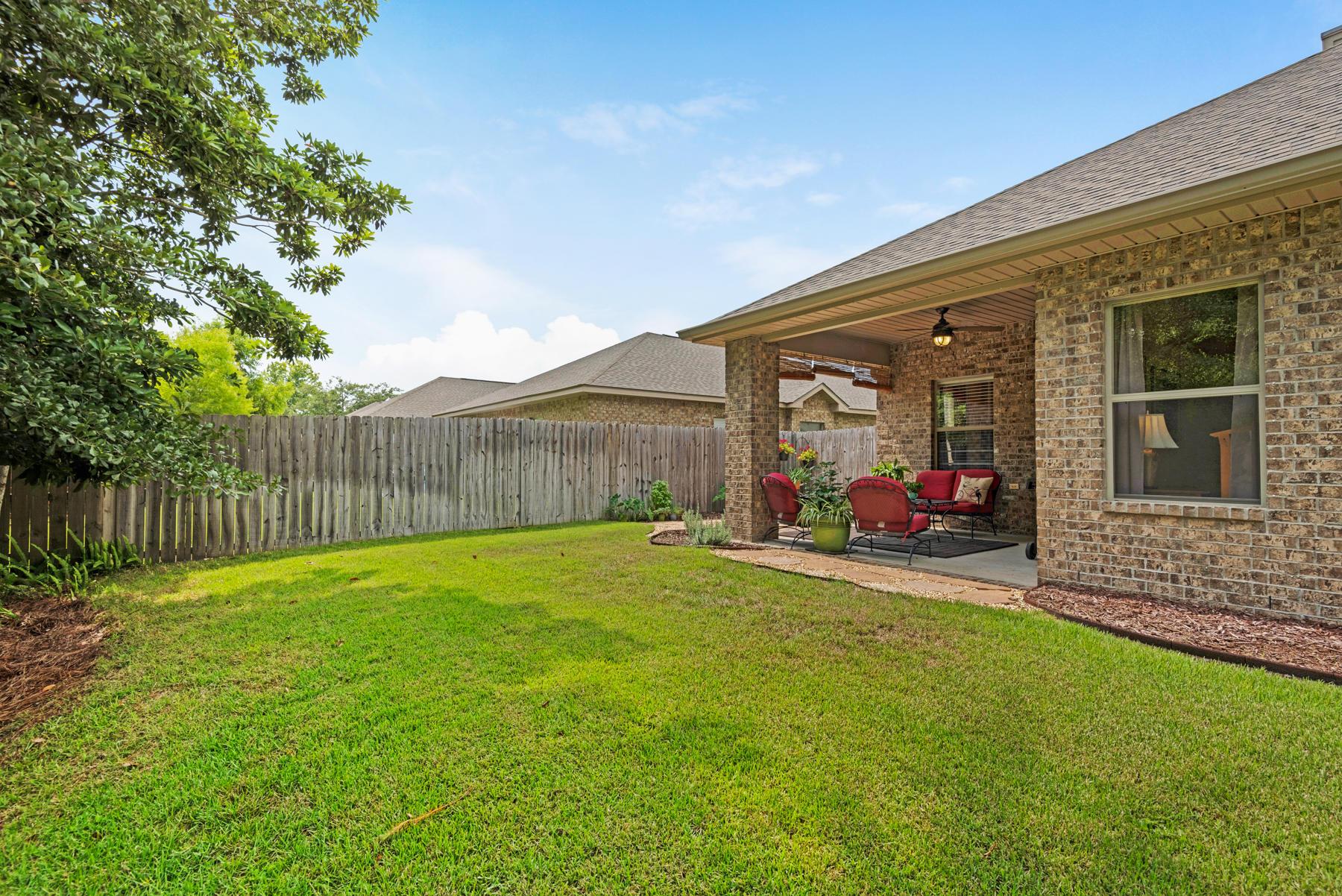 Photo of home for sale at 86 Whispering Lake, Santa Rosa Beach FL