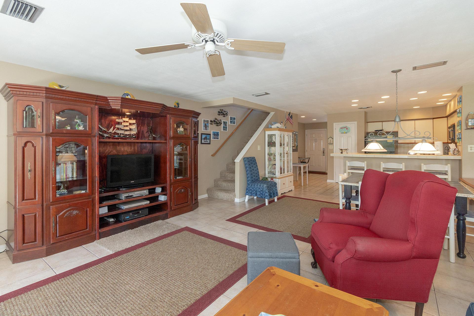 114 Mainsail Drive - $335000