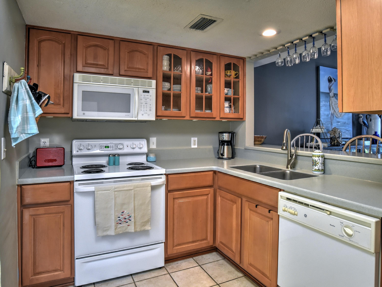 Photo of home for sale at 596 Robin, Miramar Beach FL