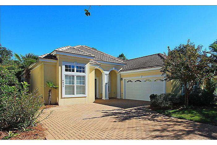Photo of home for sale at 4635 Paradise, Destin FL