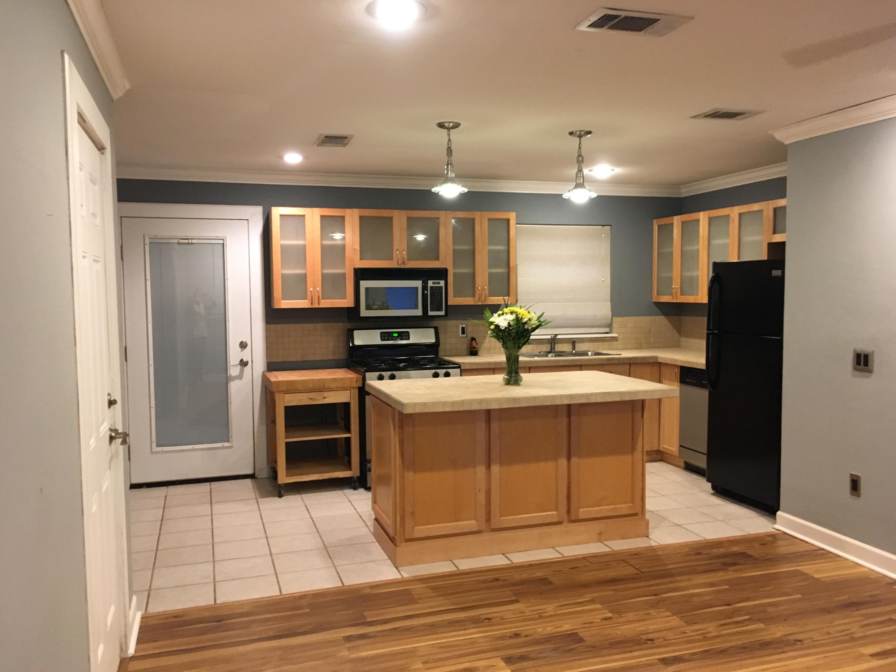 Photo of home for sale at 3 Mary Esther, Mary Esther FL