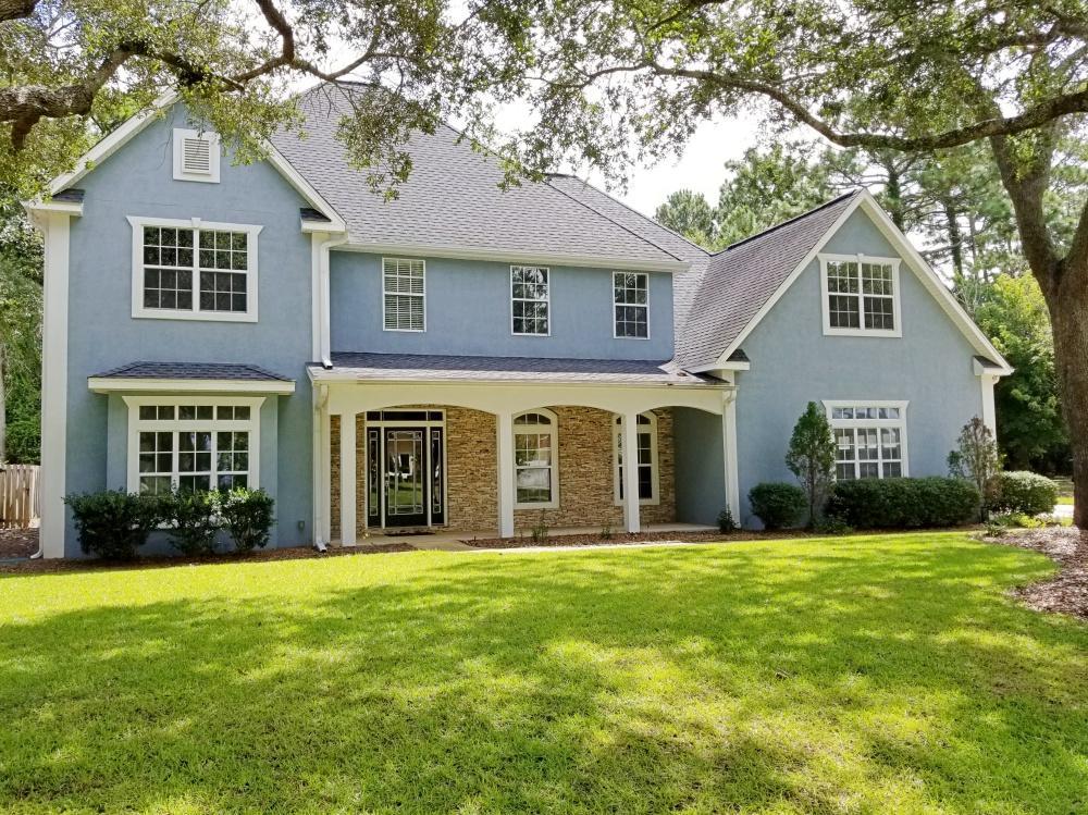 Photo of home for sale at 1340 Windward, Niceville FL