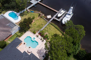 Property for sale at 70 Indian Bayou Drive, Destin,  FL 32541