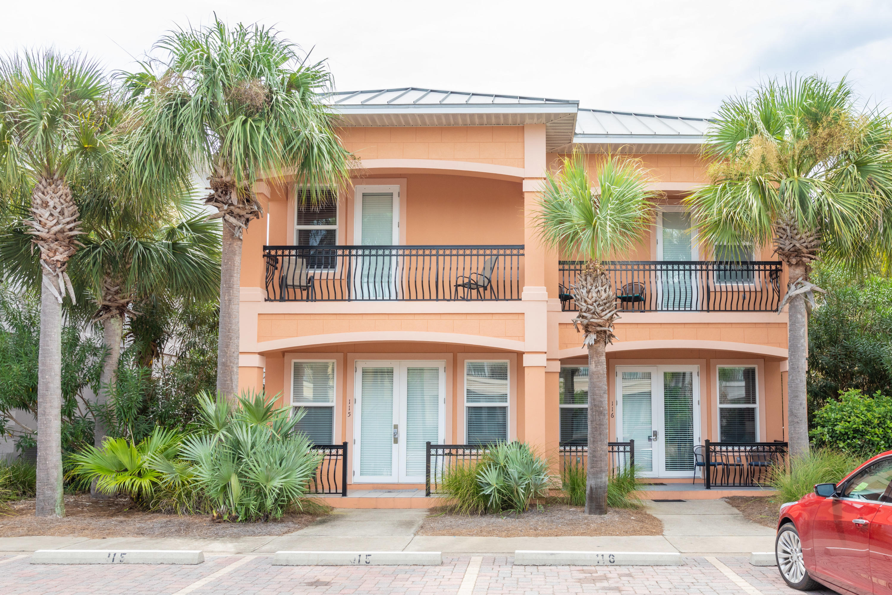 Photo of home for sale at 956 Scenic Gulf, Miramar Beach FL
