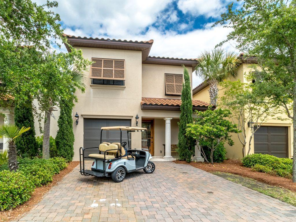 Photo of home for sale at 1909 Baytowne, Miramar Beach FL