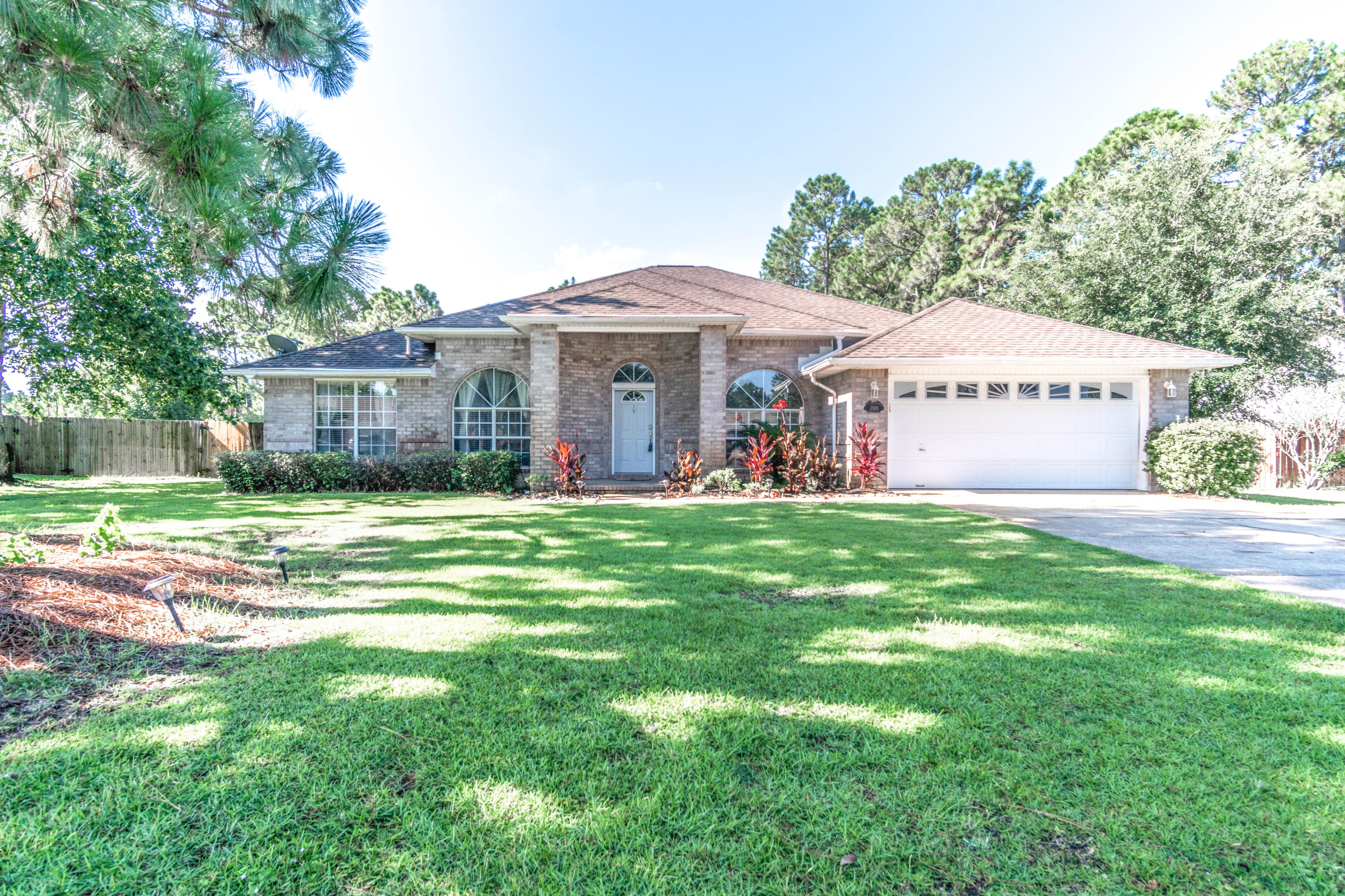 Photo of home for sale at 7593 Pepperwood, Navarre FL