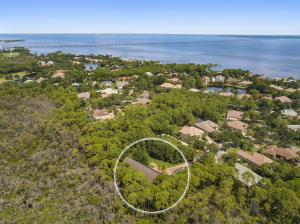 Property for sale at 410 Windjammer Court, Destin,  FL 32541