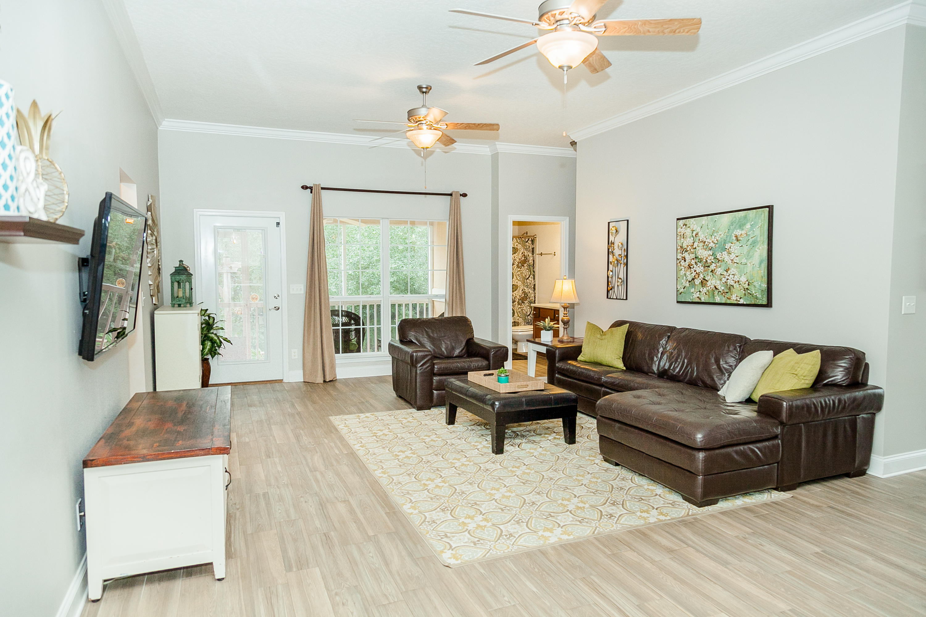 Photo of home for sale at 569 Radiant, Mary Esther FL