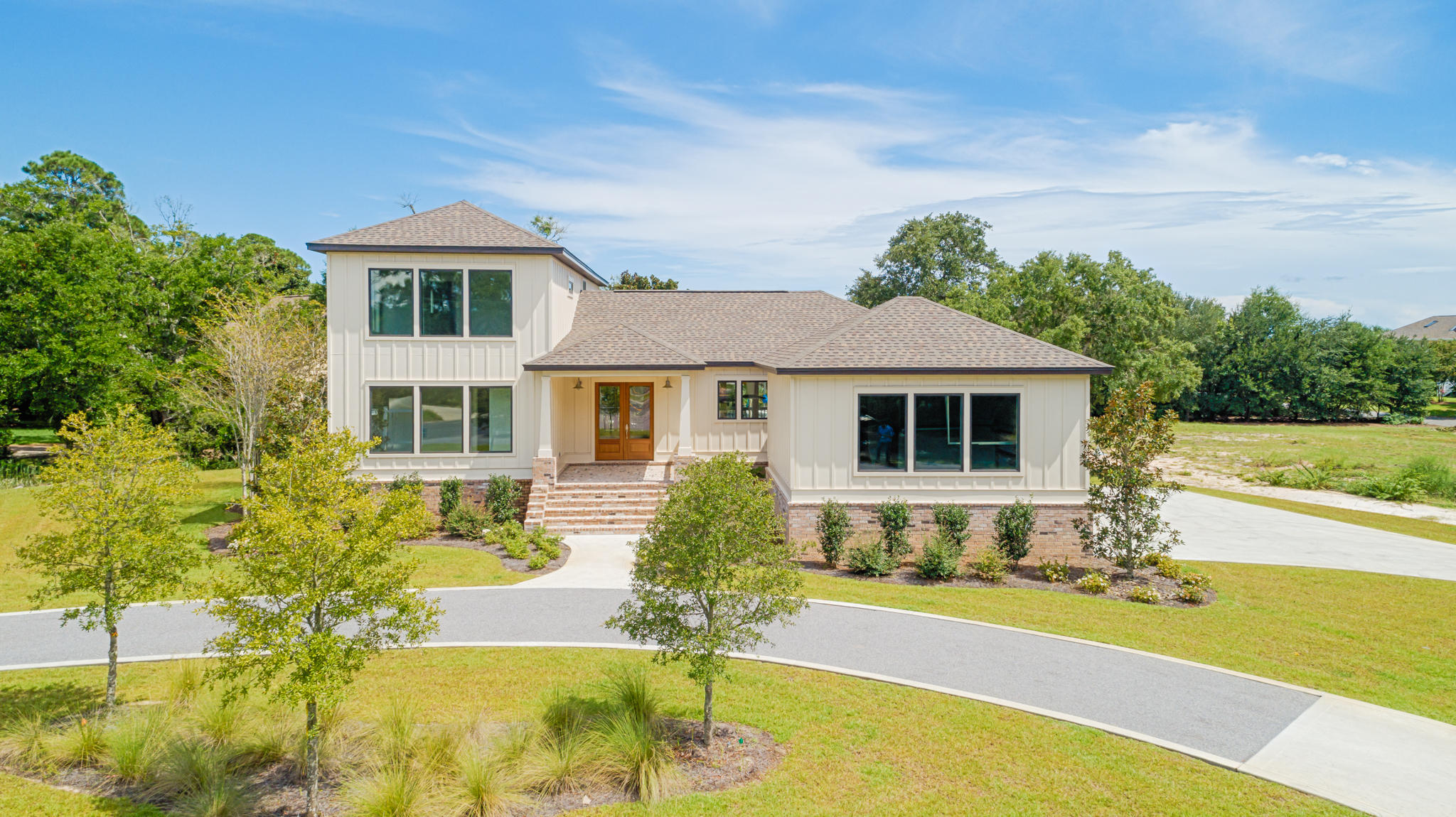Photo of home for sale at 4721 Soule, Gulf Breeze FL