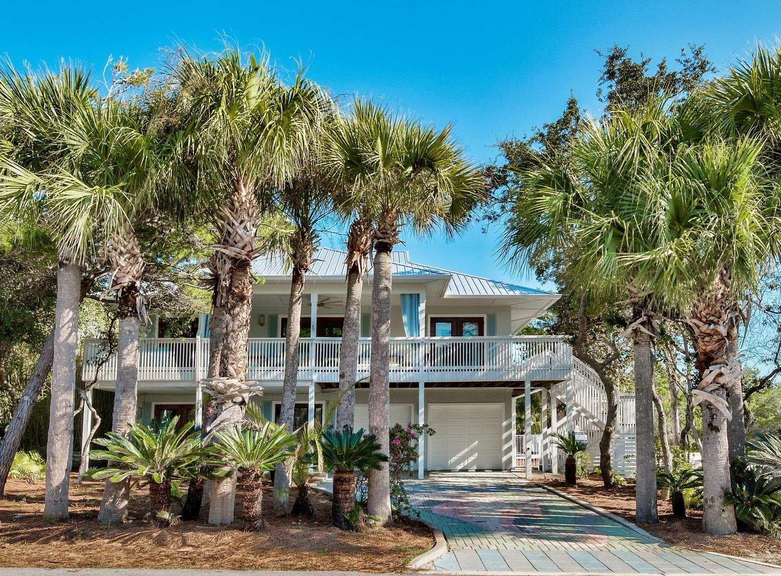 A 5 Bedroom 4 Bedroom Gulf Trace Home
