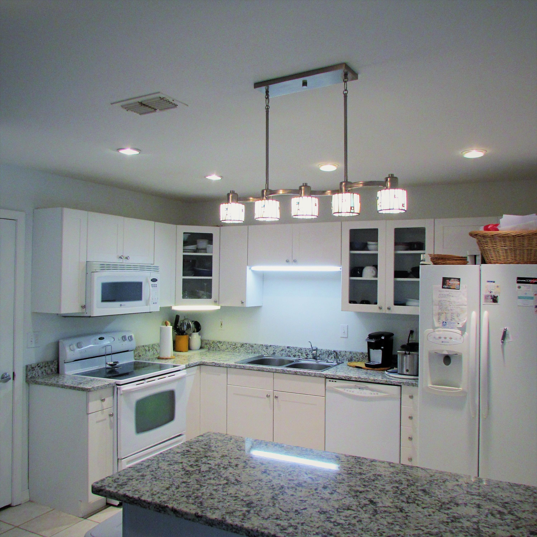 Photo of home for sale at 118 Willard, Fort Walton Beach FL