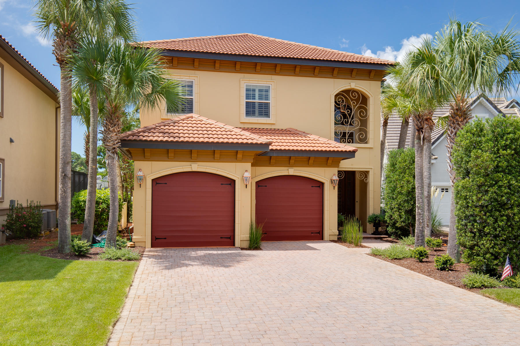 Photo of home for sale at 69 Cobalt, Miramar Beach FL