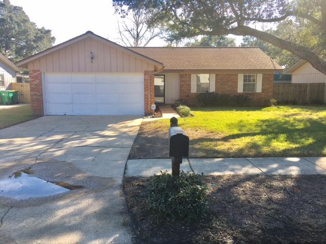 Photo of home for sale at 719 Clark, Fort Walton Beach FL