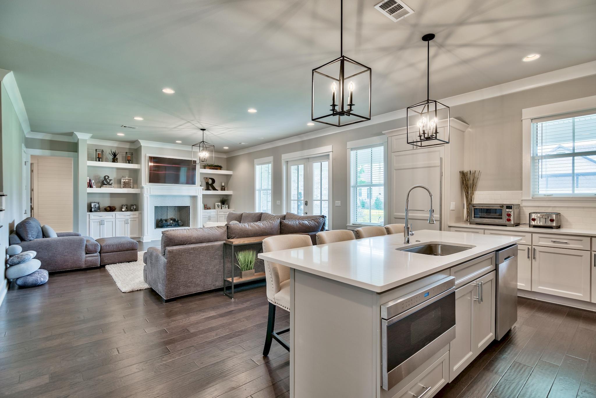 Photo of home for sale at 274 Champion, Destin FL