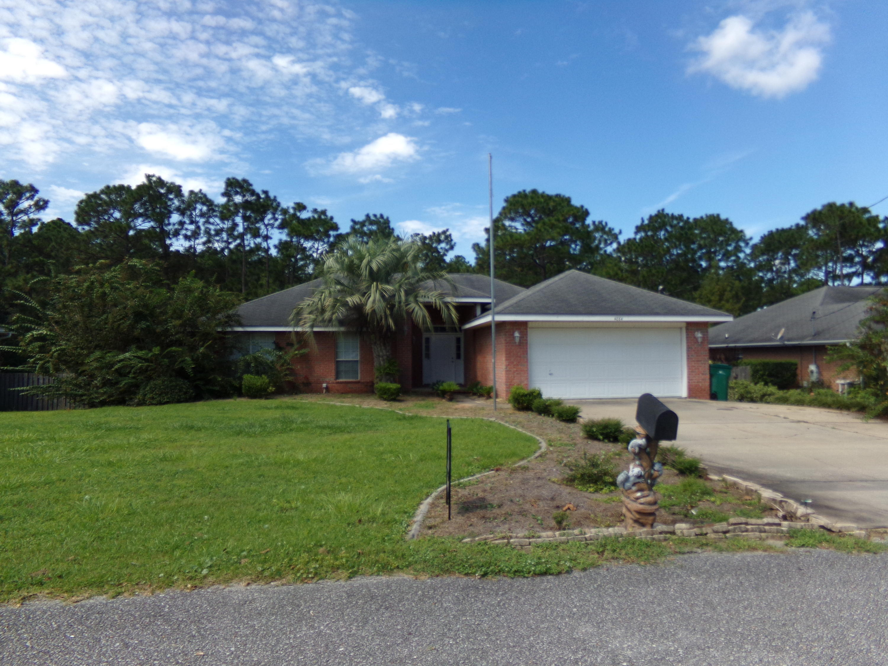 Photo of home for sale at 4864 Orlimar, Crestview FL