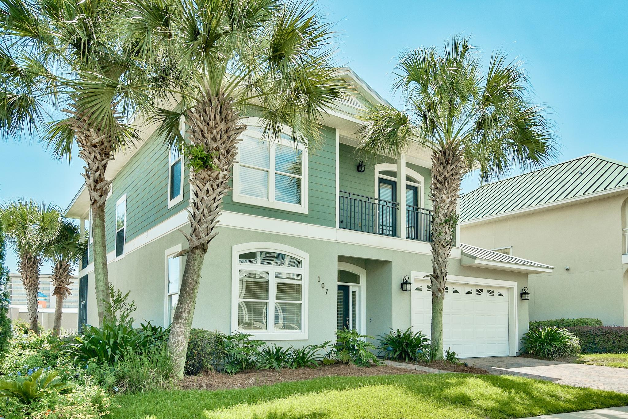 Photo of home for sale at 107 Smugglers Cove, Panama City Beach FL
