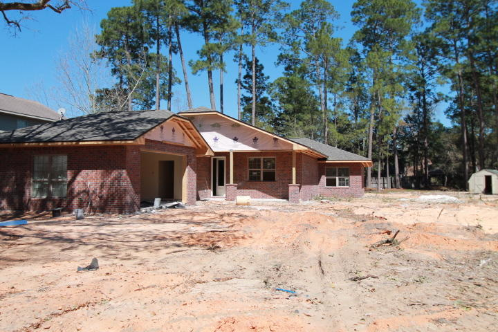 Photo of home for sale at 1015 B Creel, Fort Walton Beach FL