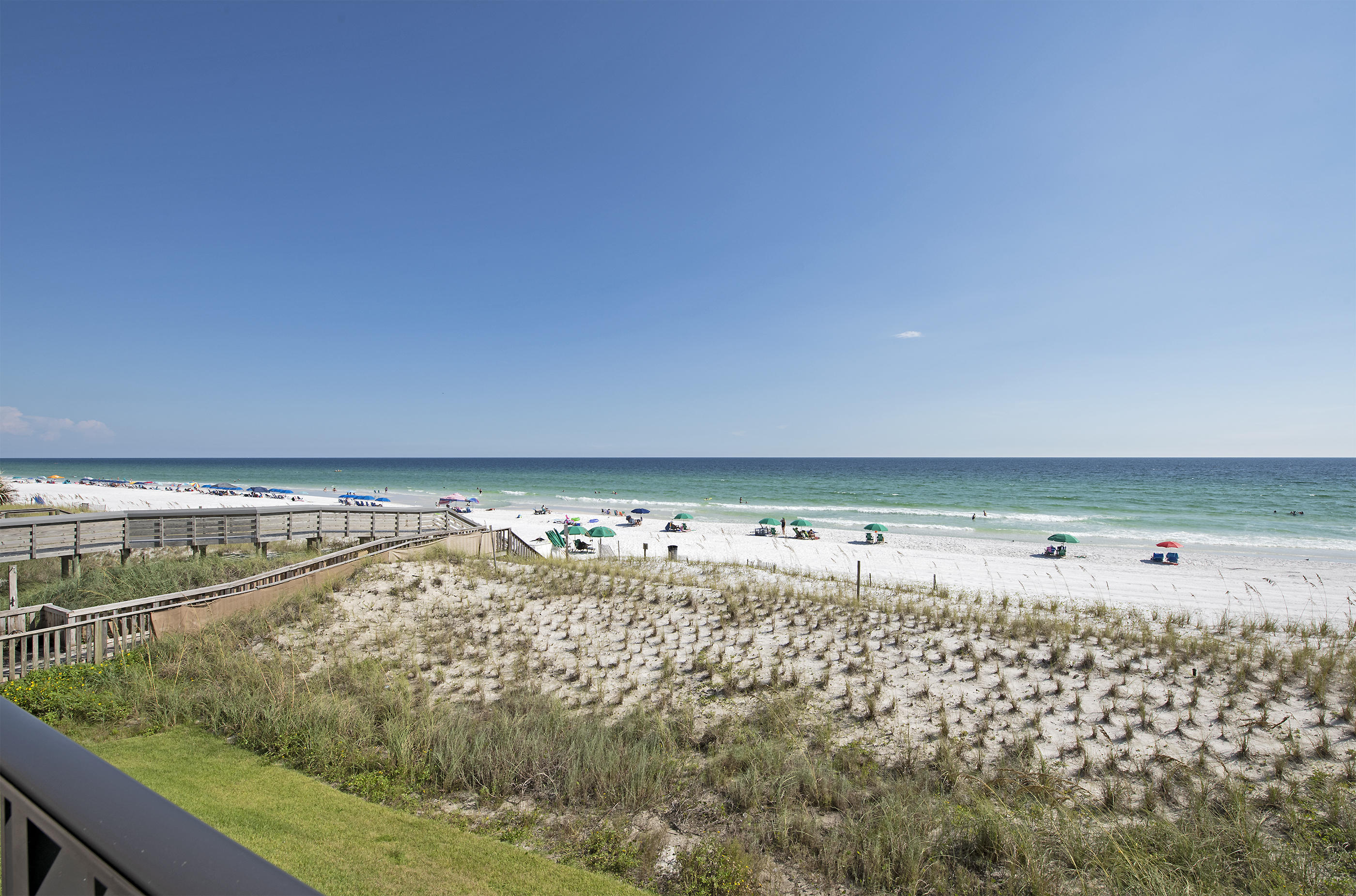 Photo of home for sale at 780 Sundial, Fort Walton Beach FL
