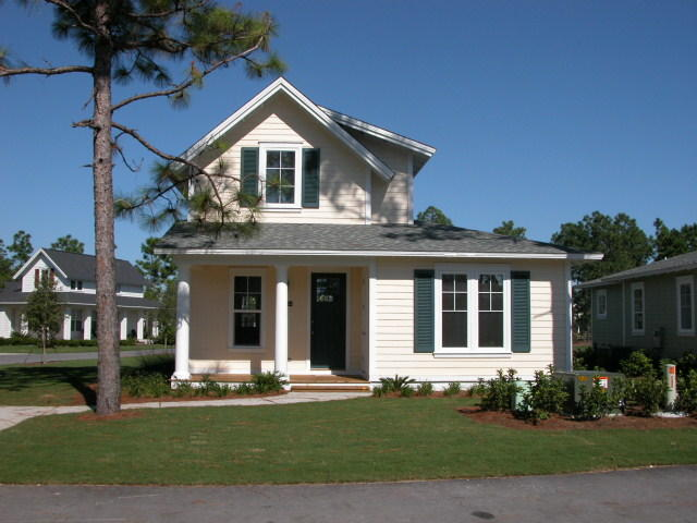 A 3 Bedroom 3 Bedroom Laurel Grove Rental