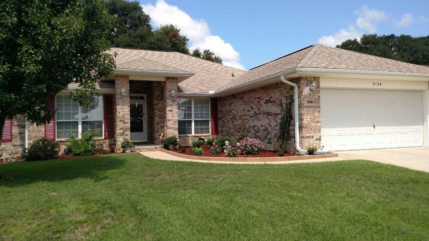 Photo of home for sale at 2124 Hagood, Crestview FL