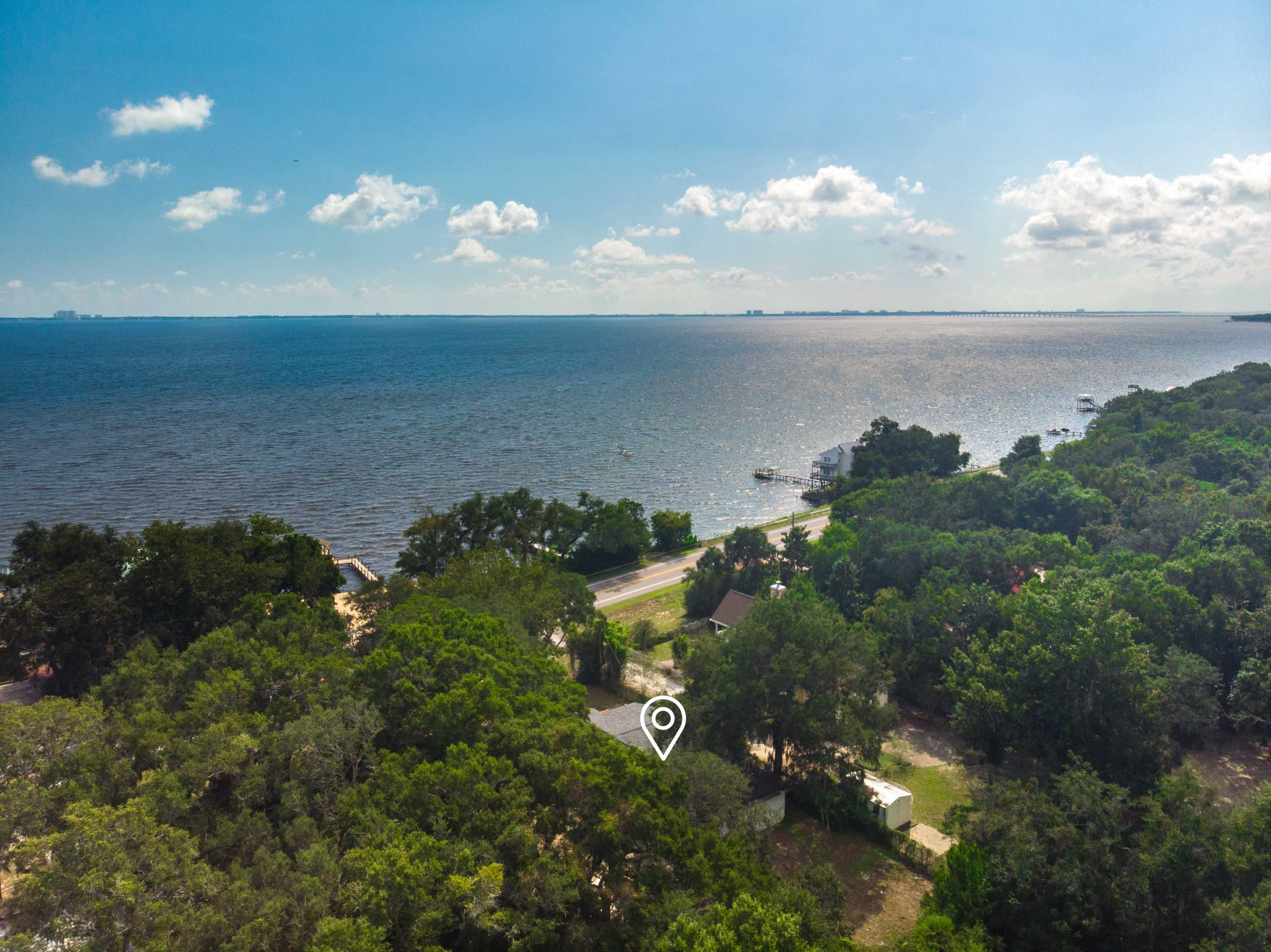 Photo of home for sale at 14126 Hwy 20, Niceville FL