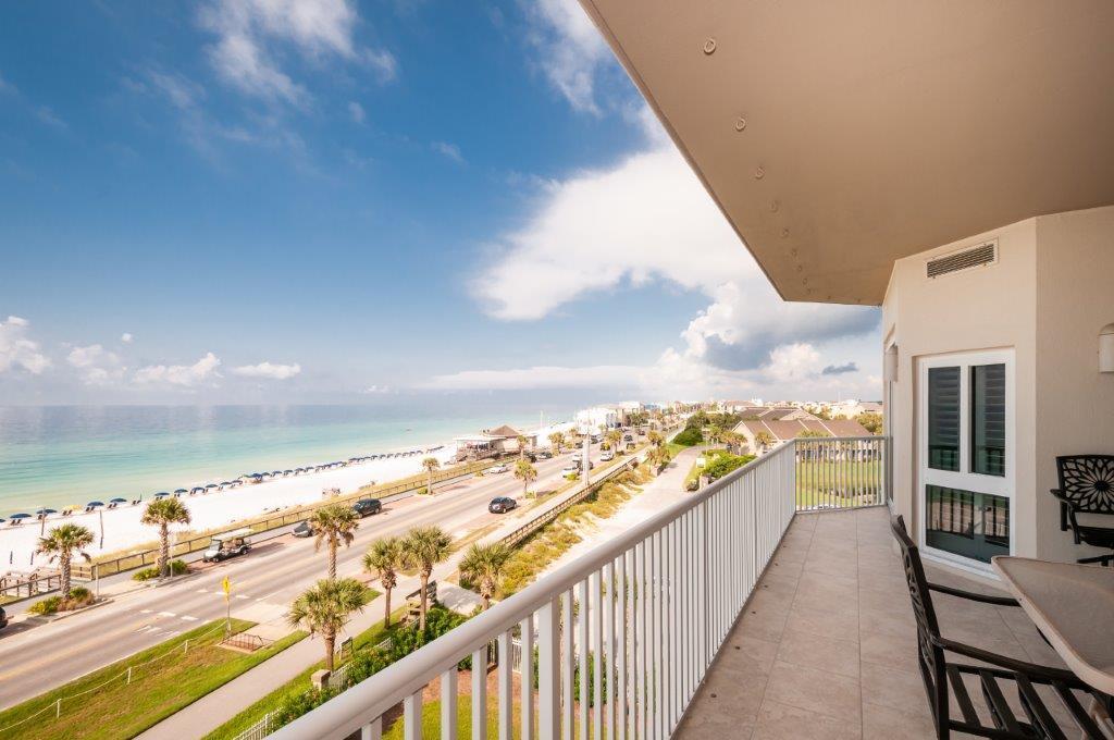 Photo of home for sale at 1272 Scenic Gulf Drive, Miramar Beach FL